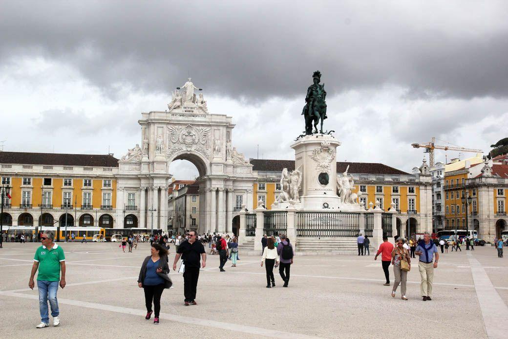 Площадь Торговли в Лиссабоне