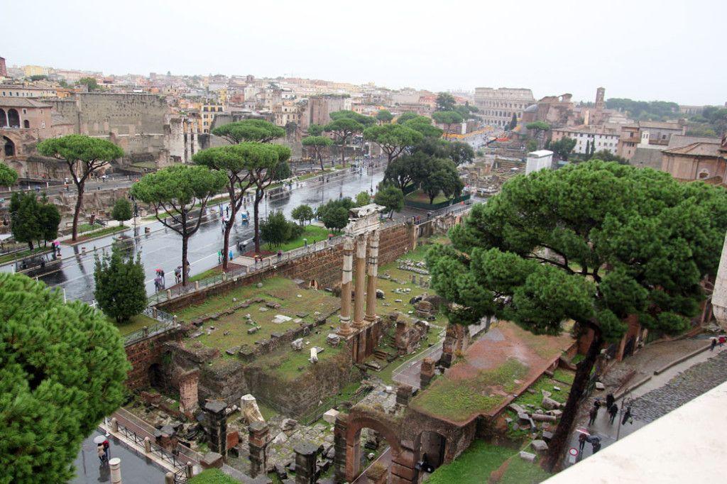 Римский форум с Витториано