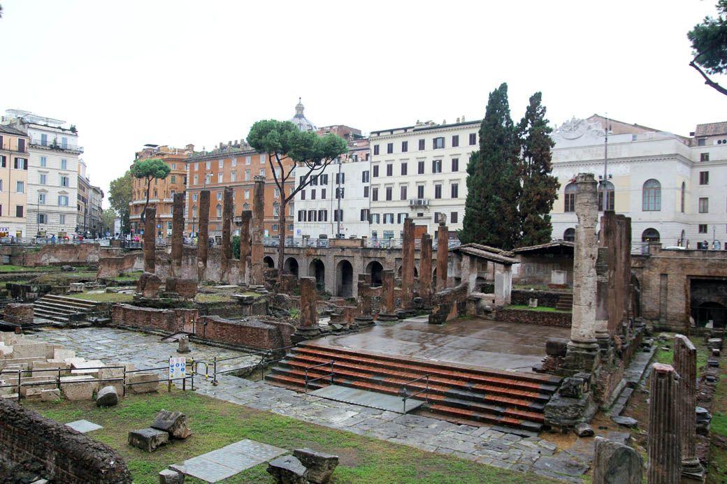 Руины в Риме