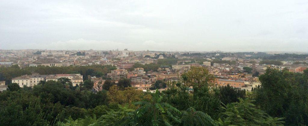 вид с холма на Рим
