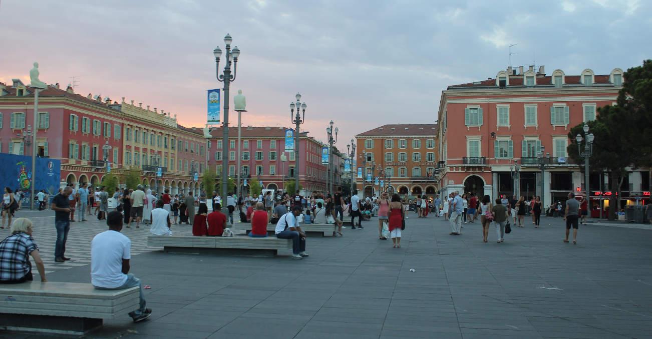 Вечер в Ницце, Франция
