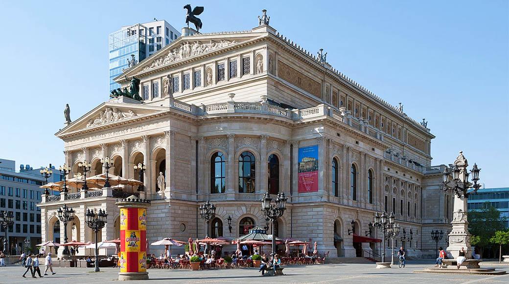 Опера Франкфурта