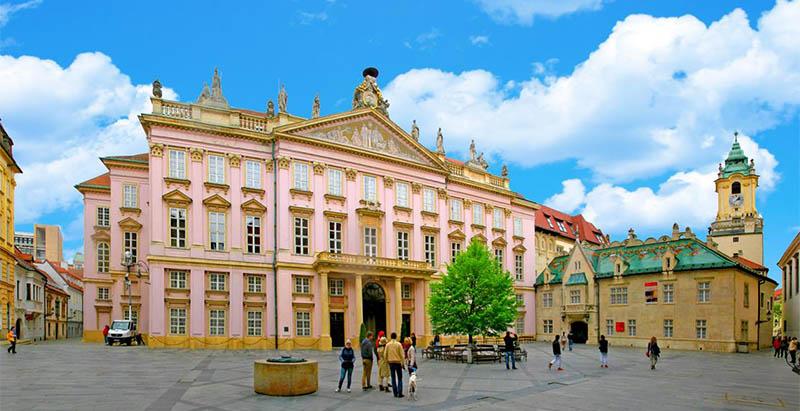 Примаса дворец Братислава