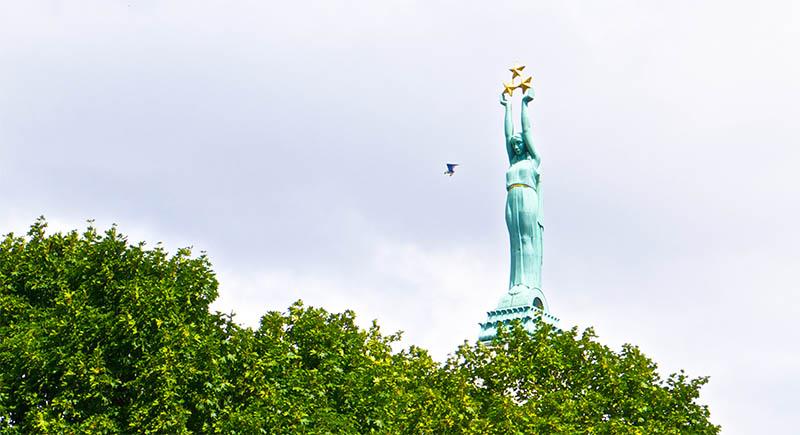 Монумент Свободы (Brīvības piemineklis)