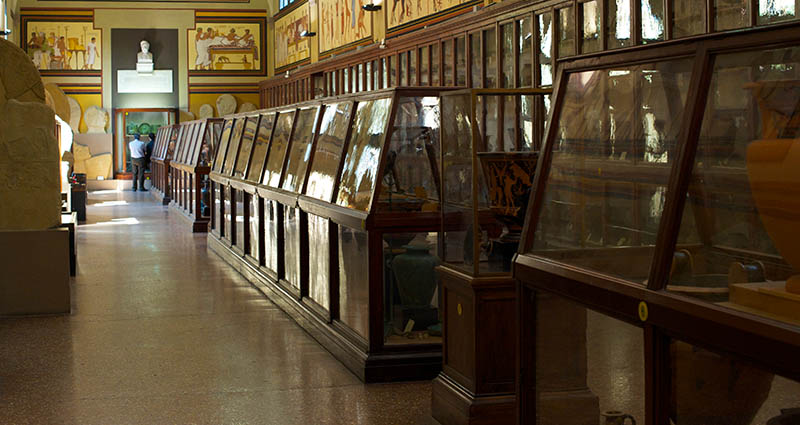 Археологический музей (Museo civico archeologico di Bologna)