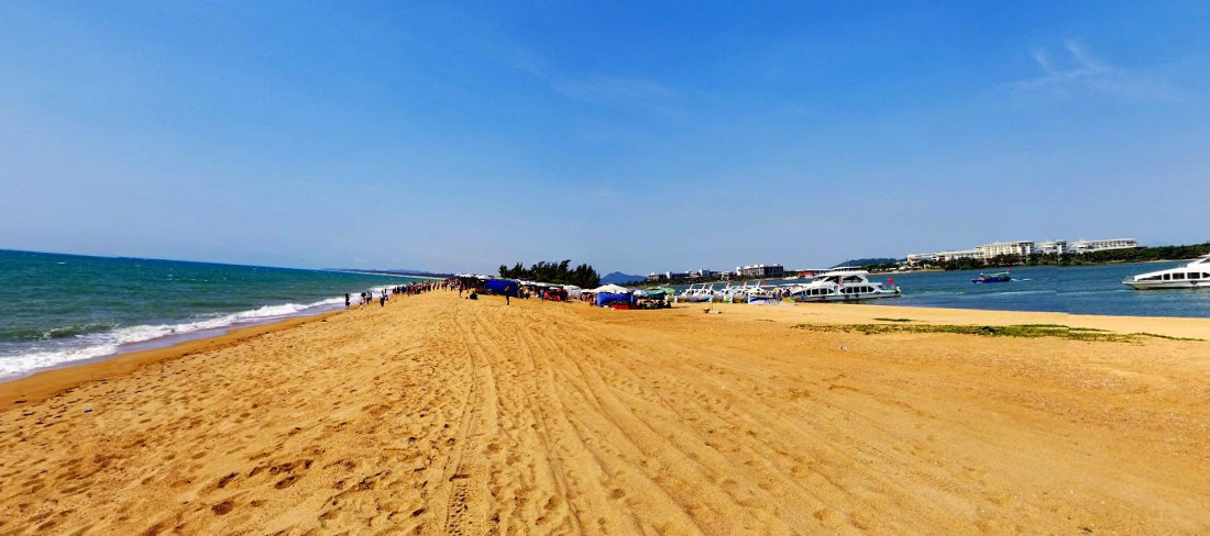 Boao Jade Belt Beach Кьонгха