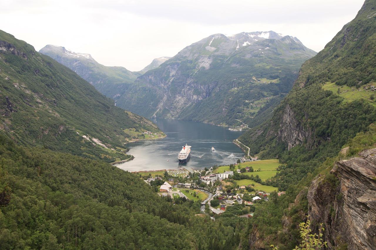 Круиз по Норвегии