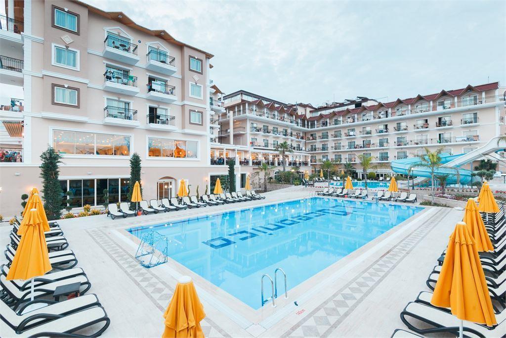 Туры в L Oceanica Beach Resort